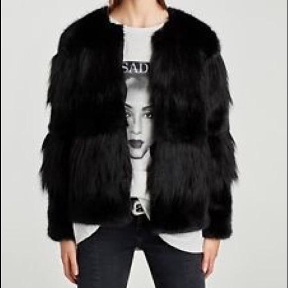 aa2d8617e0 Zara contrasting texture black faux fur jacket